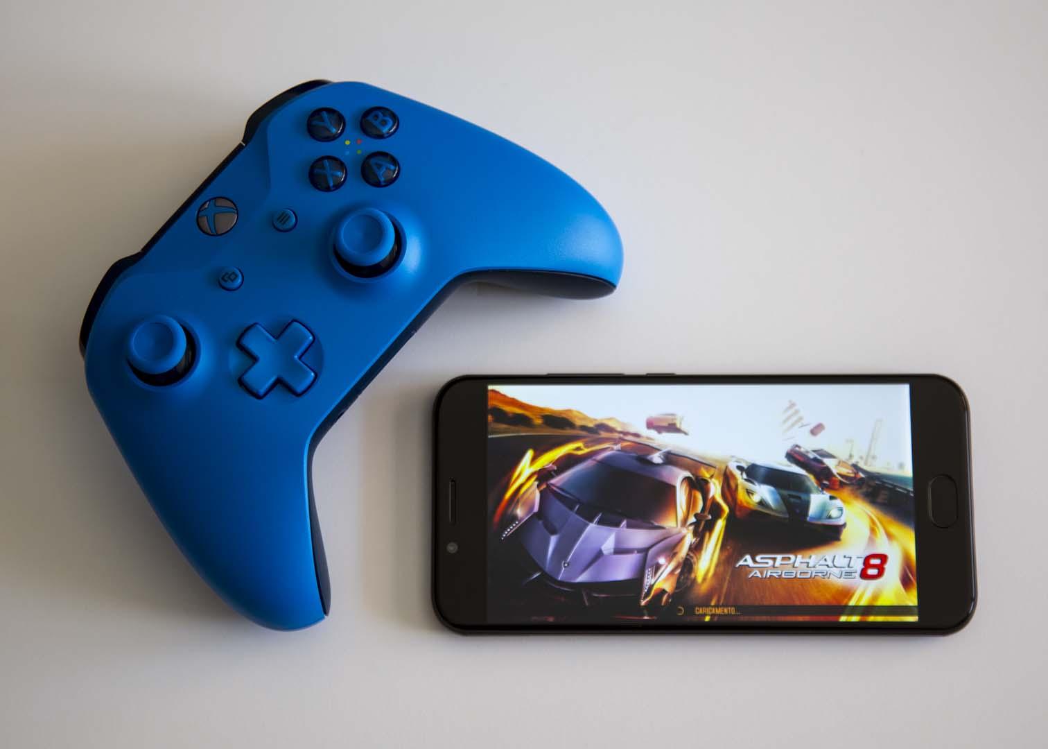 Presto sarai in grado di utilizzare un controller Xbox One per giocare ai giochi Android