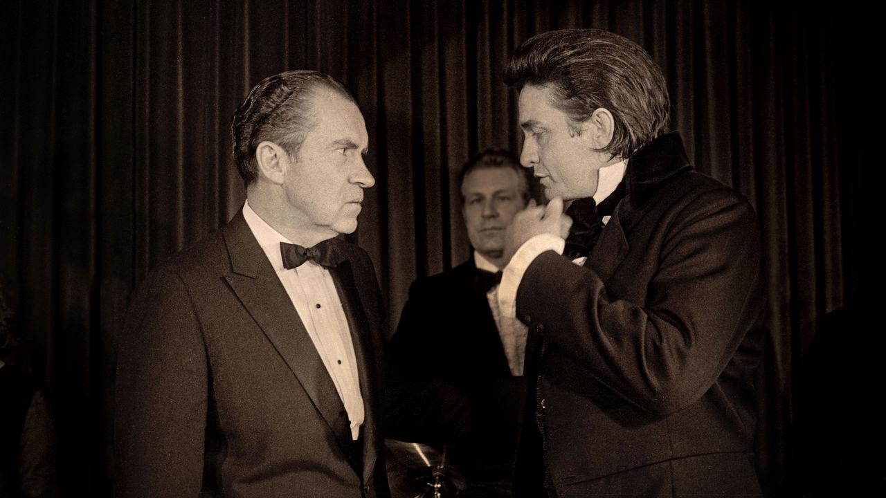 C'erano molti lati di Johnny Cash: musicista fuorilegge e patriota duro; una superstar occidentale country che potrebbe connettersi alla sofferenza degli altri; il nipote di un PREDICATORE che ha lottato con demoni personal ReMastered