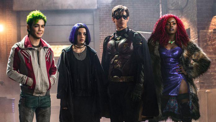Titans finalmente su Netflix la squadra di eroi
