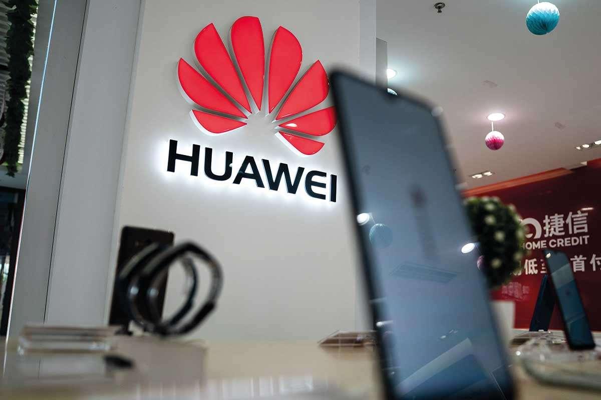 Google limita l'accesso di Huawei al codice Android