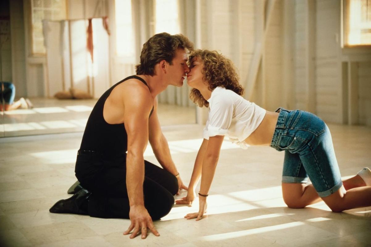 Dirty Dancing è un film di danza drammatica romantica americana del 1987scritto da Eleanor Bergstein e diretto da Emile Ardolino
