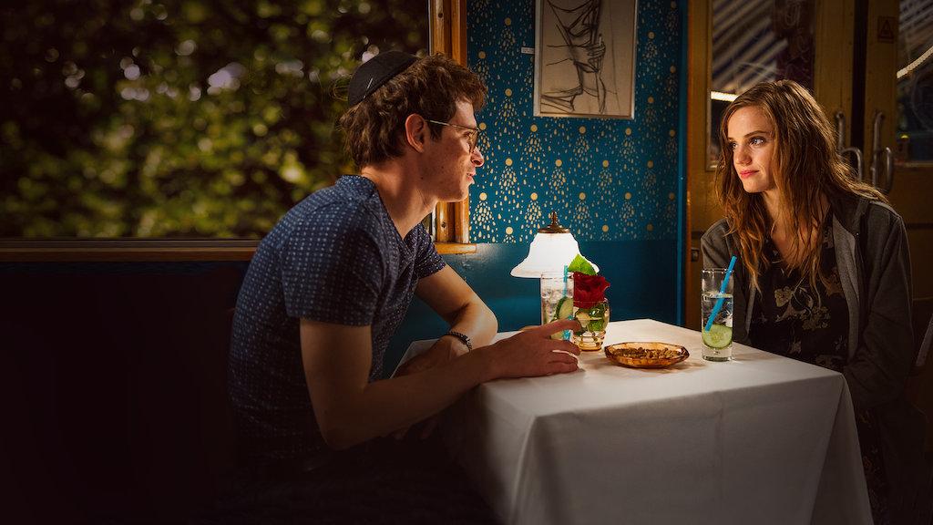 Non tutte le sciagure vengono dal cielo è un film Commedia, Romantico, Drammatico diretto da Michael Steiner con Noémie Schmidt e Joel Basman. Durata: 90 min. Distribuito in Italia da Netflix. Paese di produzione: Svizzera.