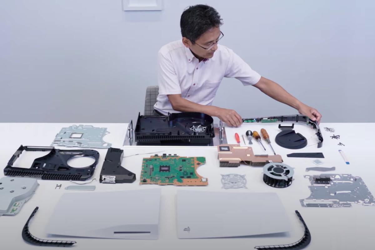 Primo sguardo alle componenti interne di PS5 di prossima generazione