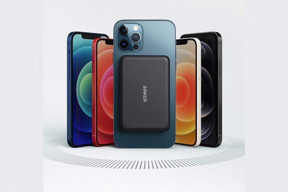 Anker batte Apple con una batteria MagSafe per il tuo iPhone 12