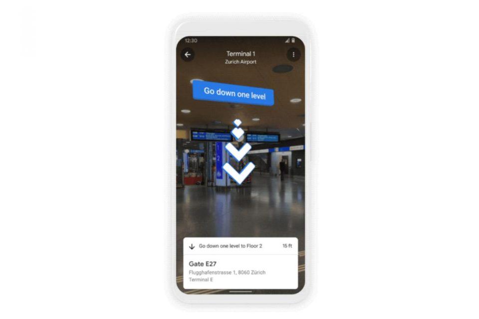Google Maps ora offre indicazioni AR in tempo reale anche all'interno di commerciali e aeroporti