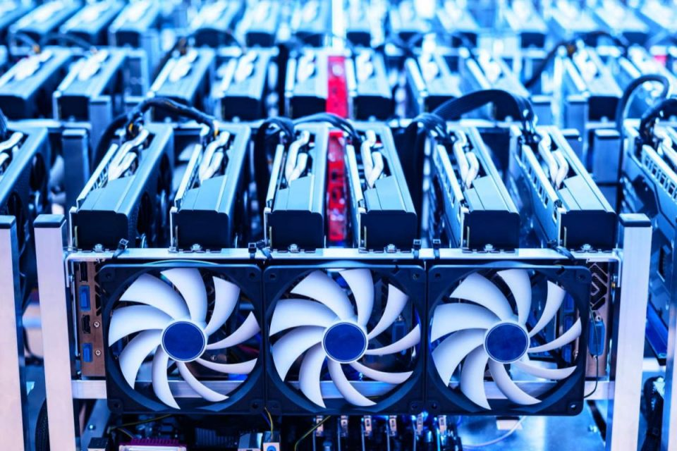 Il tribunale cinese restituisce oltre 485.000 GPU Radeon alla società di cloud mining